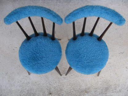 chaise moumoute fourrure scandinave